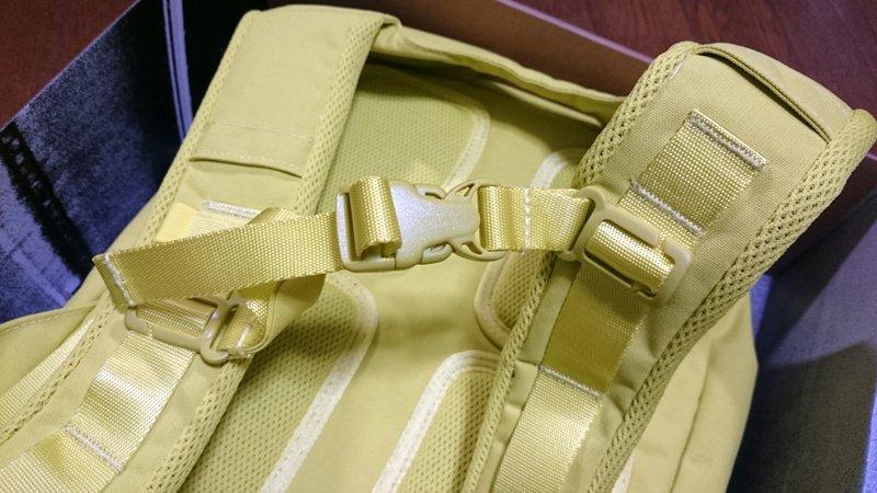 Rapha Backpack (2016 黄色)