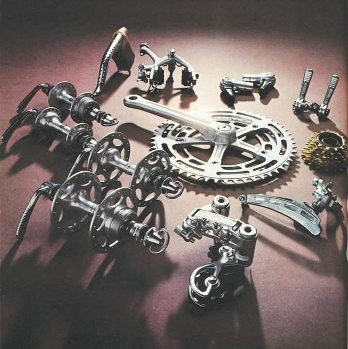ロードバイクのコンポデュラエース