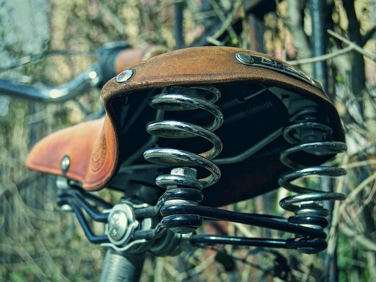 ロードバイクのサドル