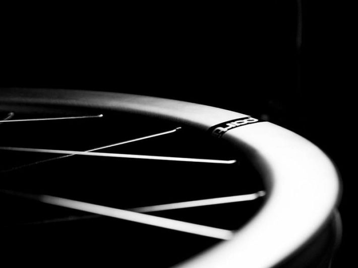 ディスクブレーキ用チューブレスカーボンホイールPartington39R & 44R