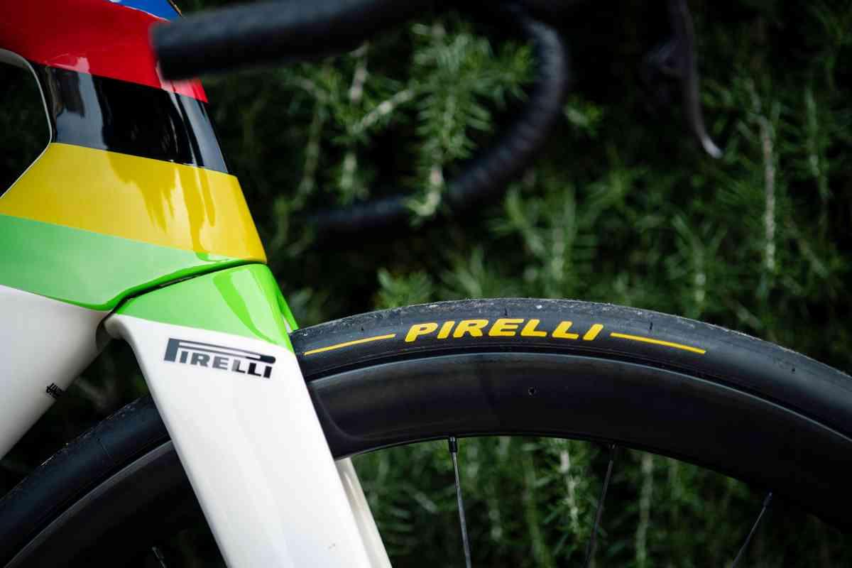 やっと公式に発表。トレック・セガフレードのタイヤは今年からピレリ(Pirelli)