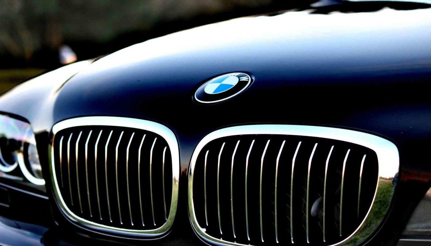 BMWがTrinity Racingのスポンサーへ
