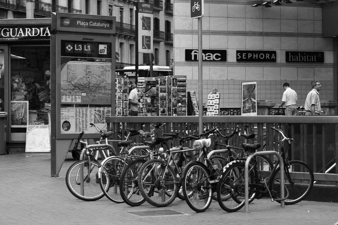 スペインは自転車を禁止。G.イサギレ困惑。