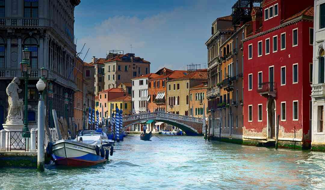 タイヤブランドVittoriaがついにイタリアに帰ってくる。オランダ資本からイタリア資本へ。