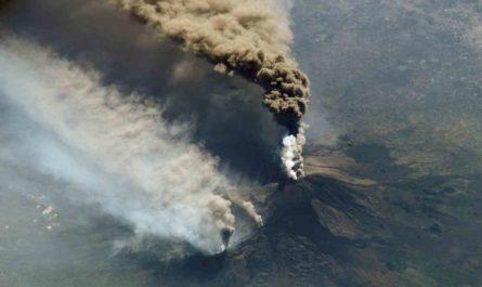 エトナ火山