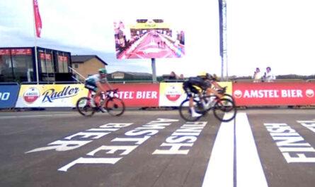 ロードレースの2021アムステル・ゴールド・レースのゴールシーン