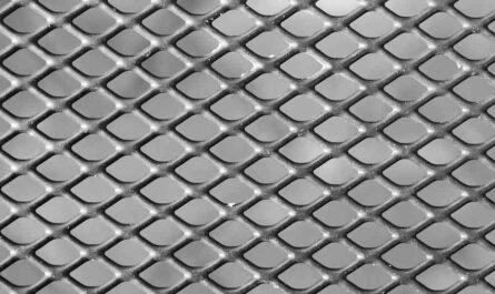 ミレー(MILLET)のメッシュ構造のドライナミックスルーアンダーシャツ