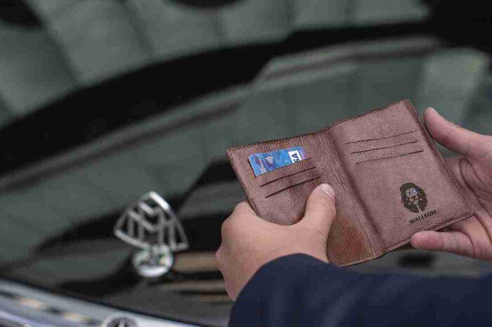 高い防水性能と大容量のロードバイク用財布&ポーチ。Craft Cadence「CRAFT CADENCE CYCLING WALLET   PHONE & ESSENTIALS CAS」